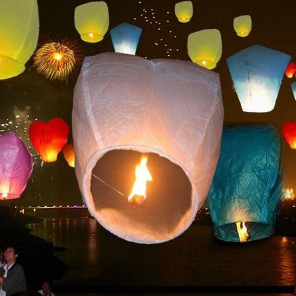 Vintage Other - Lot of 30 Wish Paper Lanterns